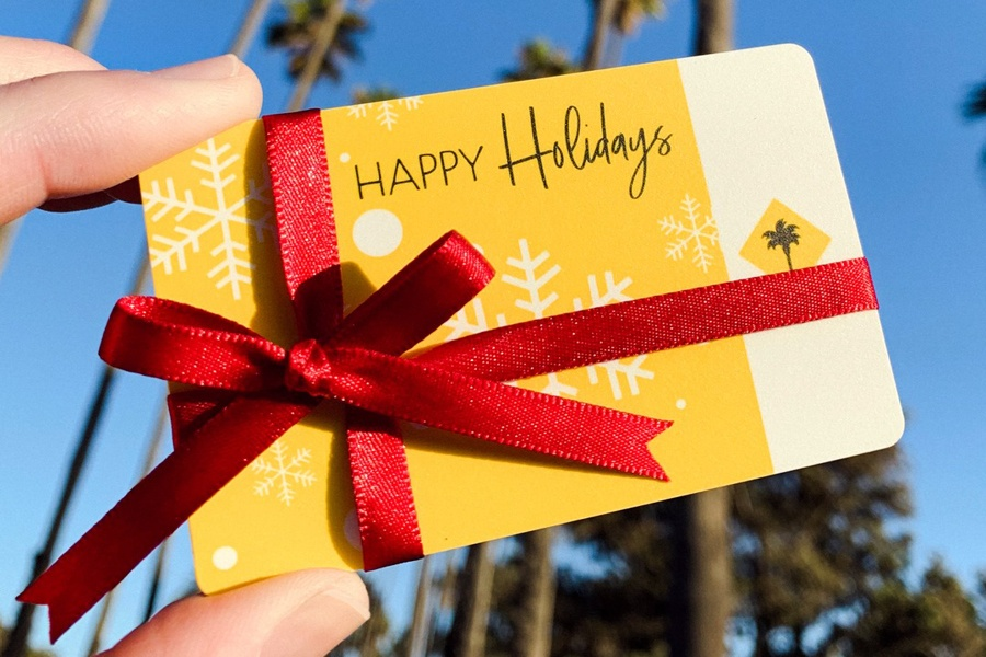Holiday Gift Card Promotion at California Pizza Kitchen