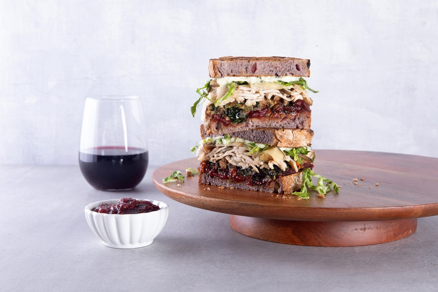 Chef's Pick & Holiday Giving at Mendocino Farms